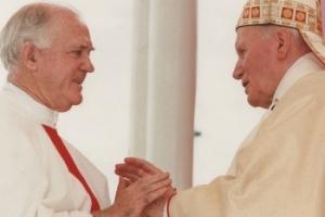 Fr Paul Gardiner SJ is greeted by Pope John Paul II